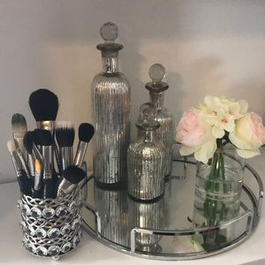 Used, MAC M.A.C. 18 Piece Used Cosmetic Brush Set for sale